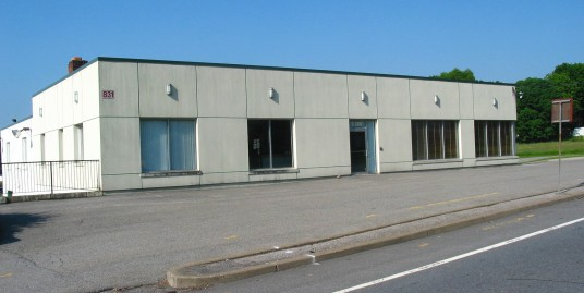 Fully Furnished Office/Industrial Space – 831 Little Britain Road, New Windsor, NY 12553