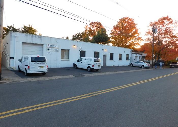 Packaged Industrial/Residential Zoned Buildings – 268 Greenwood Avenue , Midland Park, NJ 07432