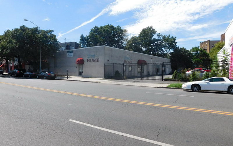 Commercial/Residential Building Minutes From Business District- 420-422 North Broad Street, Elizabeth, NJ 07208
