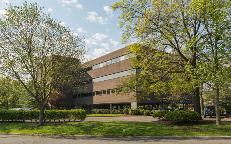 4 Story Office Building – 240 Frisch Court Paramus, NJ 07652