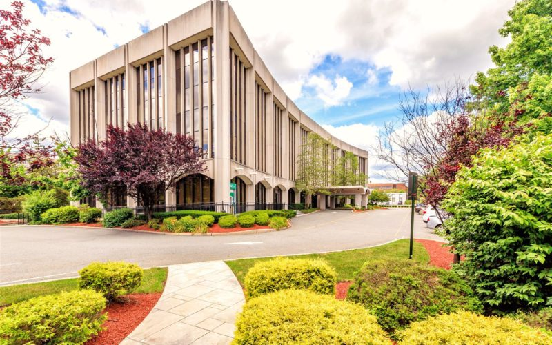 Luxurious Office Space | 80 West Century Road Paramus, NJ 07652