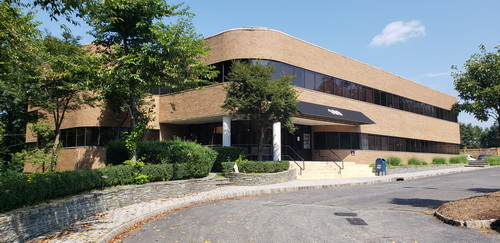 Prime Office Space For Lease | 169 Ramapo Valley Road, Oakland NJ 07436