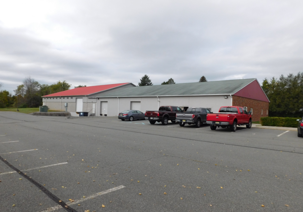 Industrial Building With Paved Parking | 28 Randazzo Road Lafayette Township, NJ 07848