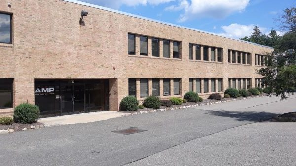 Attractive Office/Industrial Building – 32 Spruce Street, Oakland, NJ 07436